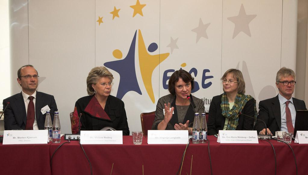 left to right: FRA's Director Morten Kjaerum, Vice President of the European Commission Viviane Reding, EIGE's Director Virginija Langbakk, Chair of EIGE's Management Board Eva Maria Welskop Deffaa, Eurofound's Director Jorma Karppinen